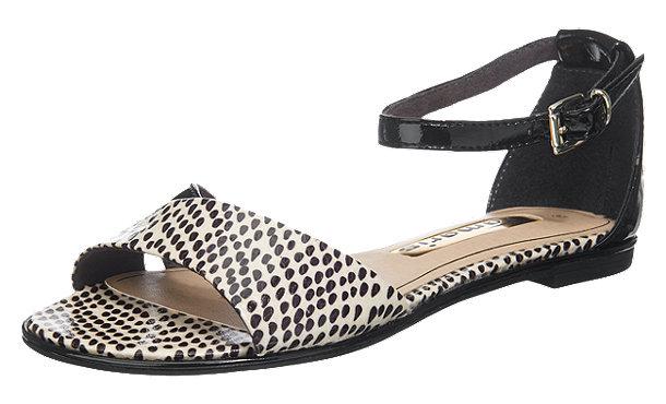 tamaris irene sandaletten schwarz im shop von mirapodo mirapodo. Black Bedroom Furniture Sets. Home Design Ideas
