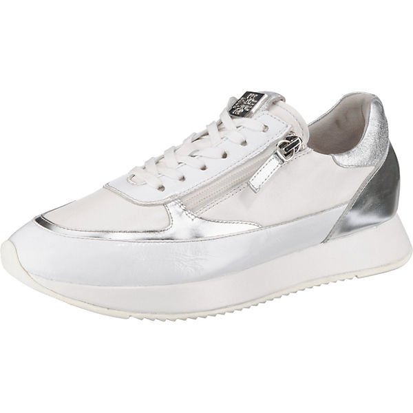 d8a3338a0d6fab The Cloud Sneakers Low