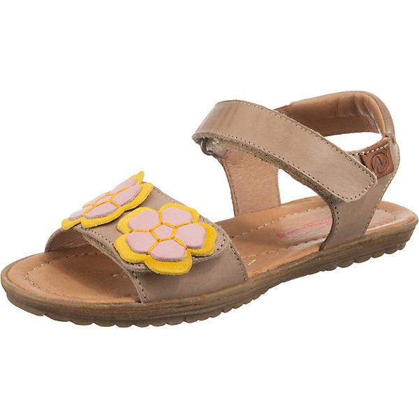 sand i sandalen