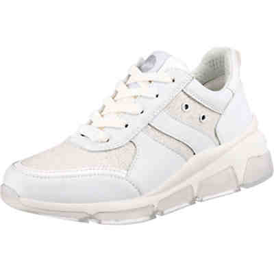 Sneaker Batter Still Sneakers Low
