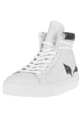 Apple of Eden Sneakers BONO