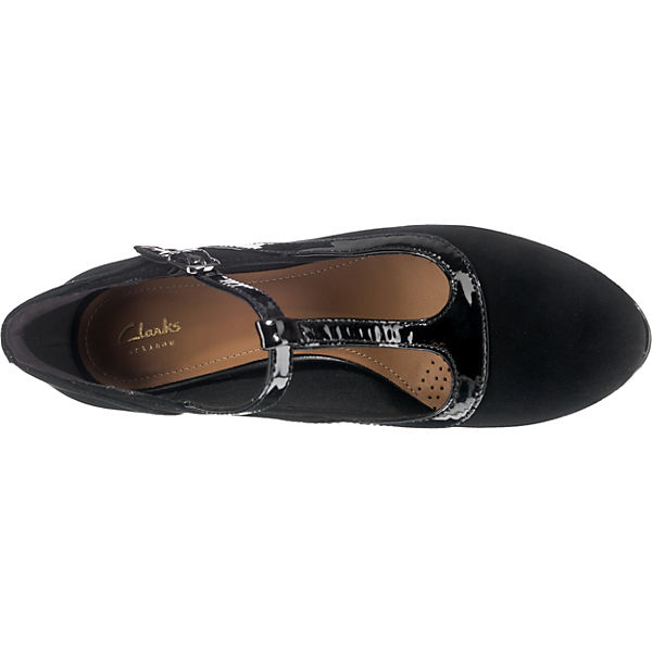 Clarks, ChorusPitch T-Steg-Pumps, beliebte schwarz  Gute Qualität beliebte T-Steg-Pumps, Schuhe 7026c5