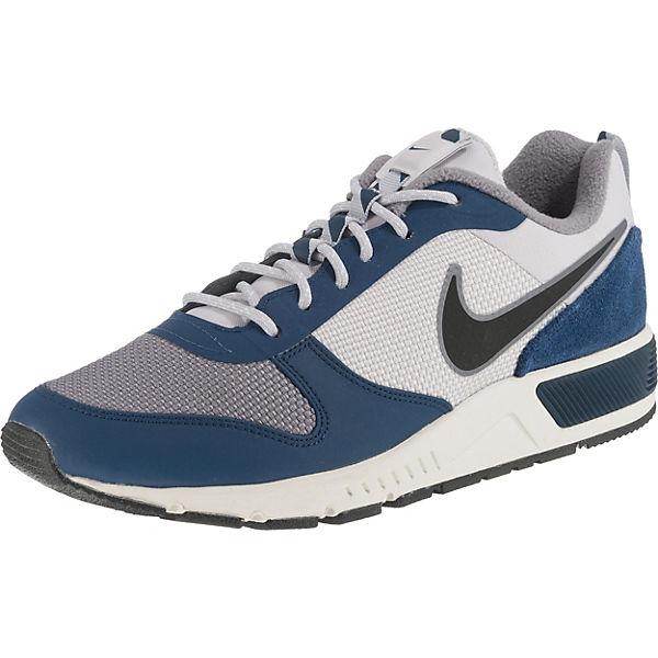 finest selection 19107 54cb5 Nightgazer Trail Sneakers. Nike Sportswear
