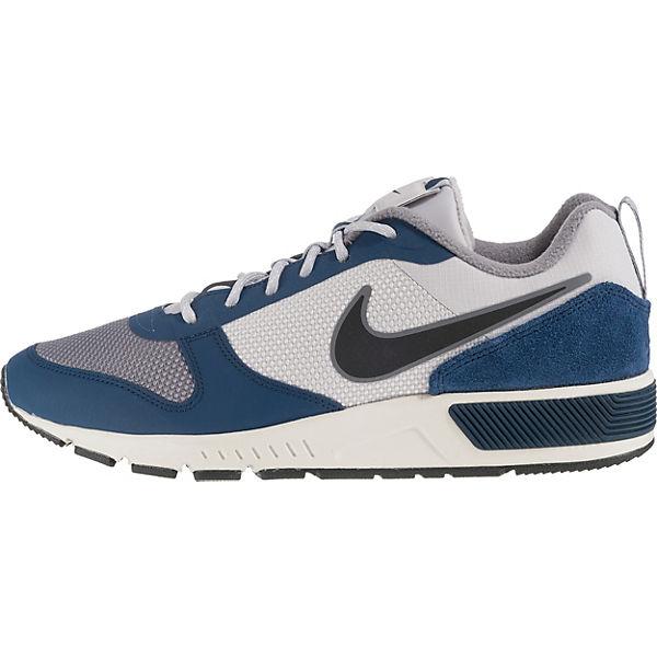Nightgazer Trail Sneakers Nike grau Sportswear HTCwWq770