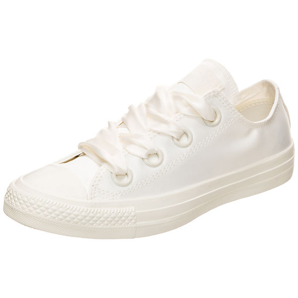Chuck Taylor All Star Big Eyelet Satin OX Sneakers Low