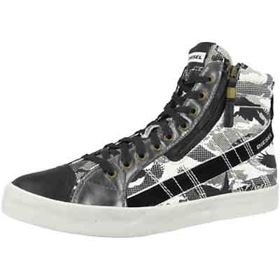D-String Plus Sneakers High
