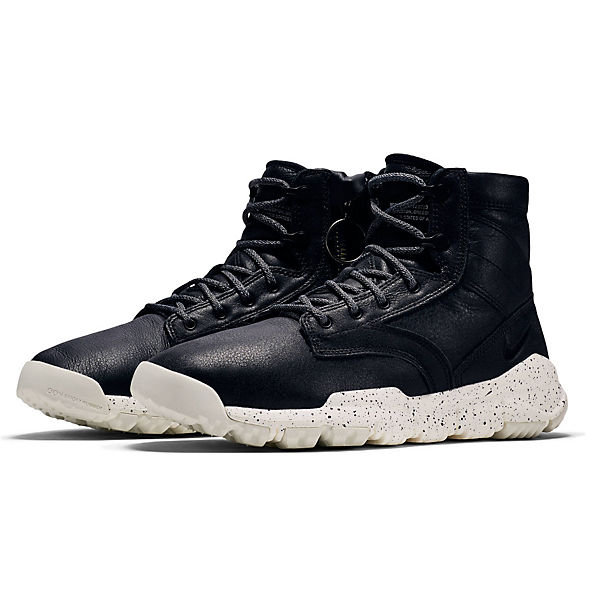 NIKE SFB 6 NSW BOMBER 862506-200 Sneakers High