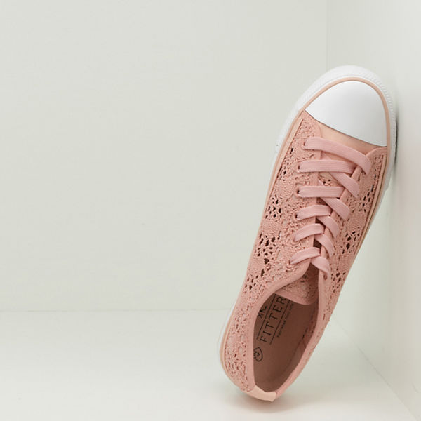 Footwear Low Sneakers Nina Fitters rosa fdqHHn
